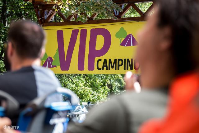 A Szigeten a VIP kempingbe a legdrágább bejutni.