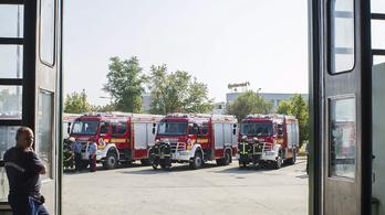 Megtiltották a tűzoltóknak, hogy szirénával emlékezzenek a műegyetemi tűz halottjairól