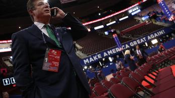 Házkutatást tartottak Trump lemondott kampányfőnökénél