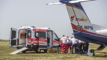 Hazahozták a Bulgáriában autóbalesetet szenvedő Vanesszát