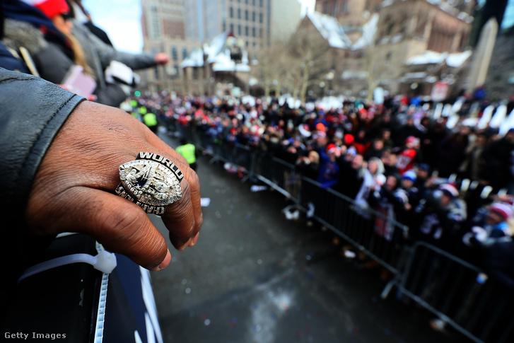 Wilfork ujján az egyik bajnoki gyűrű