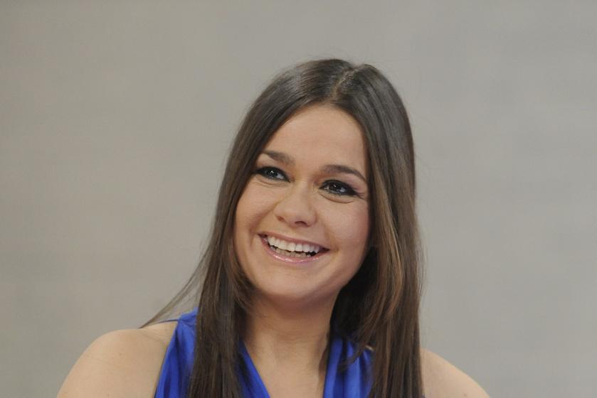 Gyönyörű nő lett Geszler Dorottya 21 éves lánya - Fotókon a szépségkirálynők és lányaik