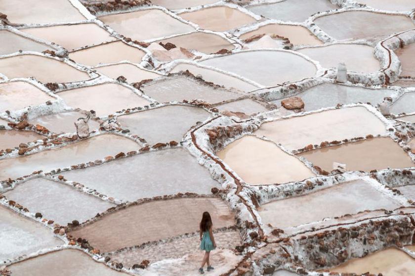 Hófehér sómedencék jöttek létre a hegyoldalban: senki sem tudott a káprázatos helyről