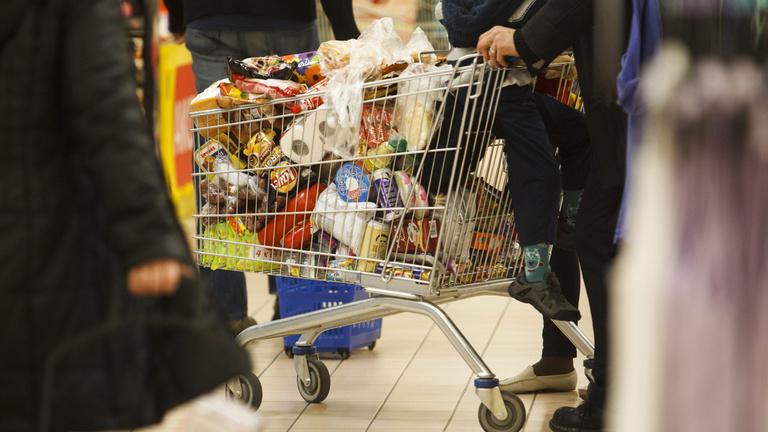 A hülye magyarok nem bírják felfogni, hogy nem vásárolhatnak a Tescóban?