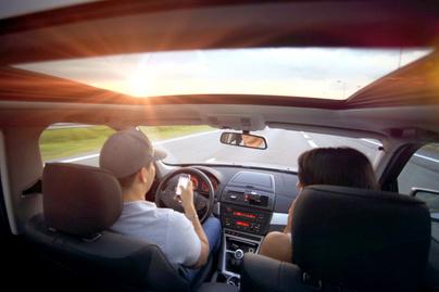 mobil-kocsiban