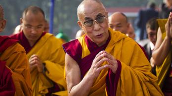 A dalai láma sem telepítené le a menekülteket Európában