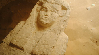 Kétezer éves sírokat fedeztek fel Egyiptomban