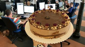 Megkóstoltuk az ország idei tortáját