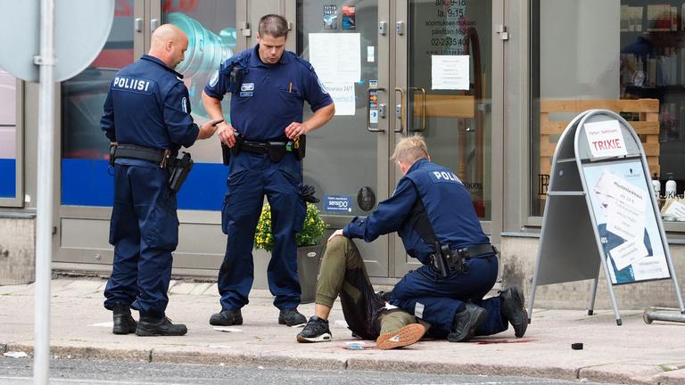 Késelés Finnországban: két halott, legalább hat sérült