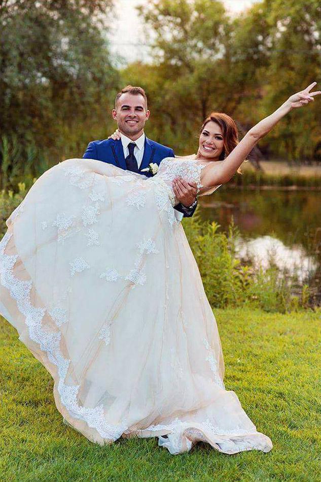 """""""Az igazi boldogság"""" - írta Zámbó Árpy lánya, Edina esküvő fotójához."""