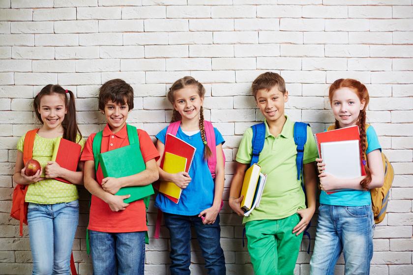 A legmenőbb gerinckímélő iskolatáskák körképe: imádni fogja a gyerek