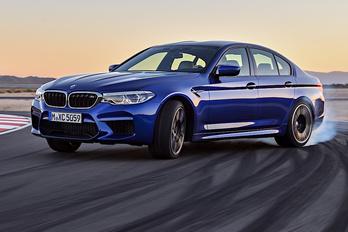 Itt az új BMW M5-ös