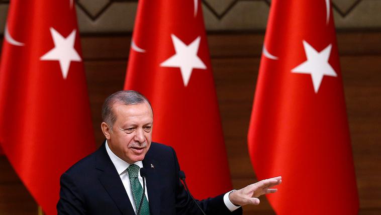 Erdoğan miatt félti feleségét a német külügyminiszter