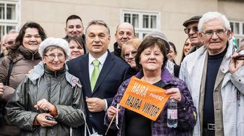 Ezzel hívogatja a Fidesz a nyugdíjasokat