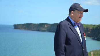 96 évesen ismerte be a D-nap hőse, hogy igazából ott sem volt