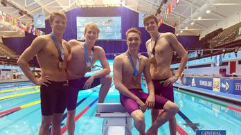Világbajnok a junior 4x100-as magyar gyorsváltó