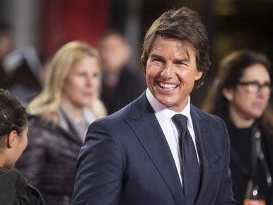 Az internet felfedezte Tom Cruise lufifenekét, és megőrült