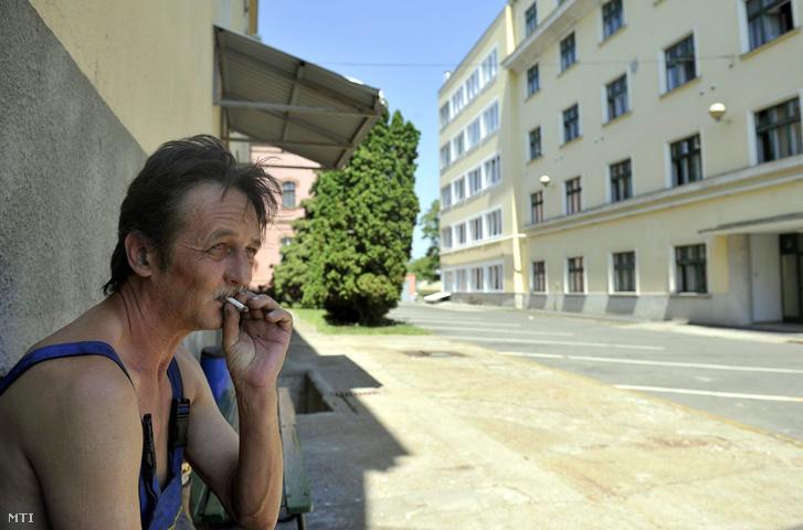 A Maglódi úti Munkavállalói Hotel 2012-ben 300 férőhelyet biztosított Budapesten az otthonuktól távol dolgozóknak