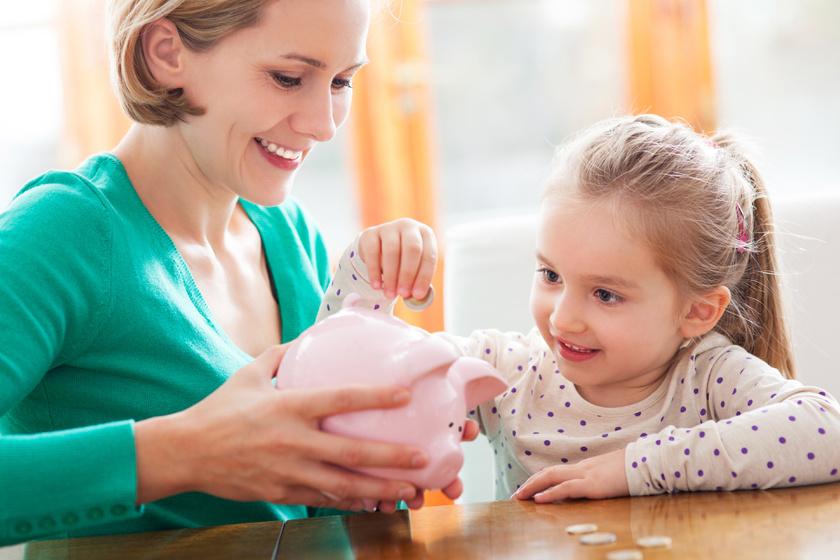 A szülők nagy része nem tud a kedvezményről, pedig enyhítheti az iskolakezdés terhét