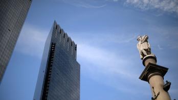 A Kolumbusz-szobor ledöntését fontolgatja New York polgármestere