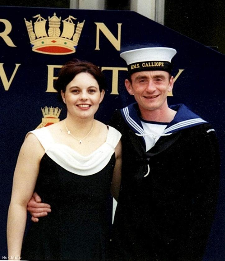 Ezen a képen egy brit házaspár látható