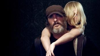 A szakállas Joaquin Phoenix brutális mentőakcióra indul