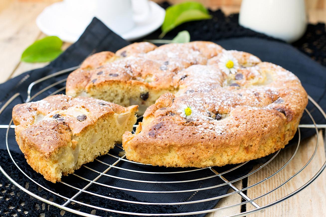 A legegyszerűbb fahéjas, körtés süti: puhább, mint a piskóta
