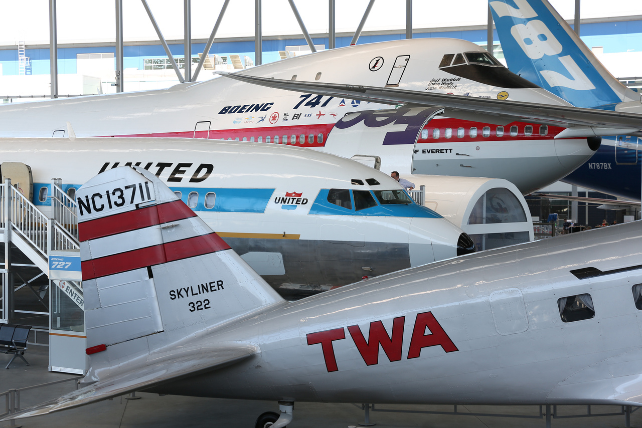 Douglas DC-2, Boeing 727-022, Boeing 747 (prototípus), Boeing 787.