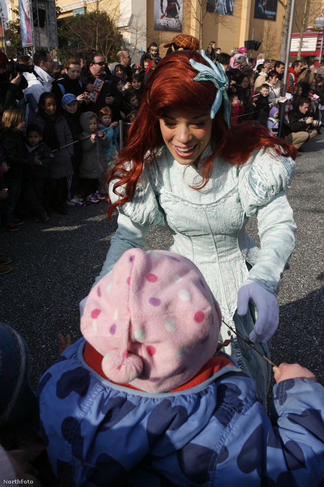 Ehhez képest a párizsi Disneyland mondhatni elég szemét volt egy kisgyerekkel.