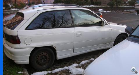 Lopott rendszamos kivagott azonositos Opel 101128 NAKE103