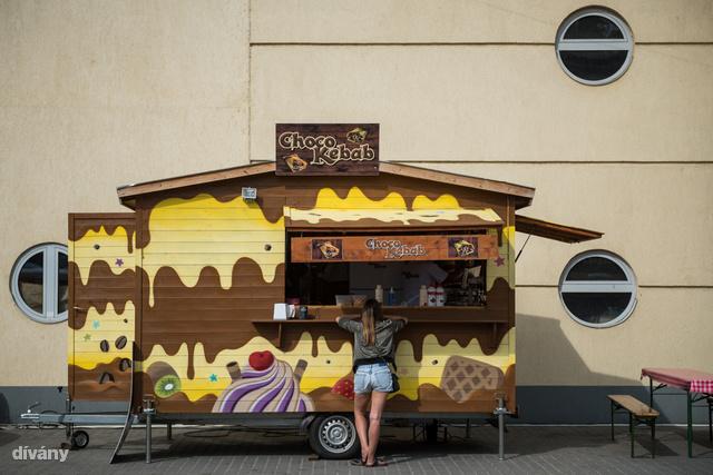A Kincsem Parkba gyűlnek össze a street food rajongók.