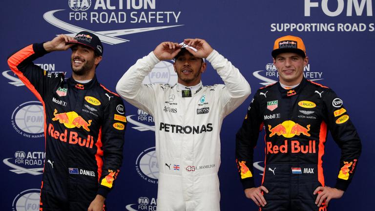 Hamilton elvette Schumacher pole-rekordját, Ferrari-dráma a monzai időmérőn