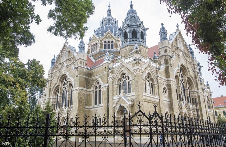 A fejújított szegedi zsinagóga 2017. szeptember 3-án az ünnepélyes átadása napján.