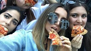 Ezeknek a lányoknak Lady Gaga vett pizzát
