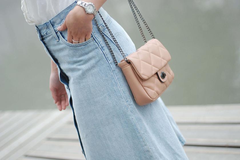 Ez a szoknya lesz az ősz legnagyobb kedvence - Ha így hordod, nőies és kényelmes is lesz