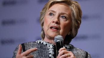 Clinton: Én kampányoltam, Trump meg reality show-t folytatott