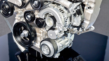 A Mazda megcsinálta a benzines dízelmotort