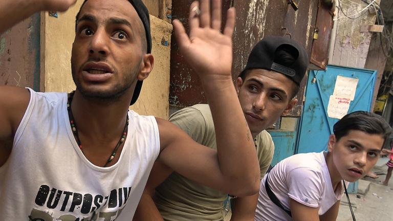 Törvényen kívüli miniállam lett az ideiglenes menekülttáborból