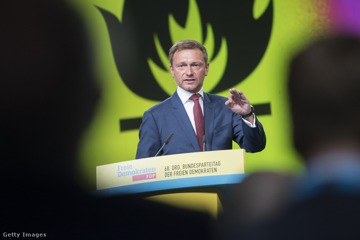 Lindner a párt augusztus 28-ai szövetségi kongresszusán, Berlinben
