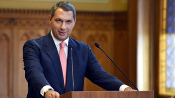 Lázár: Nem dönthetik el, ki éljen Magyarországon