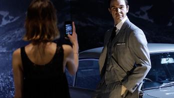 Az Apple megvenné James Bondot