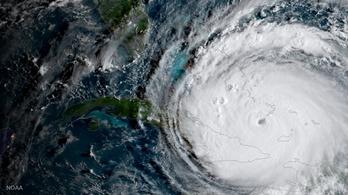 Irma: a négyes erősségű hurrikán elérte Kuba partjait