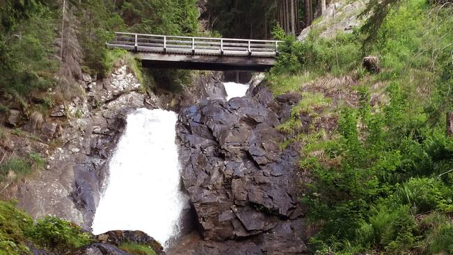 Másszák meg Stájerország legmagasabb vízesésének szikláit!