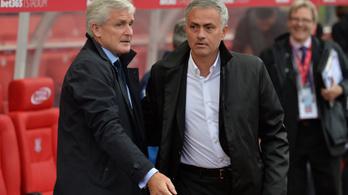 Mourinhónak van egy új barátja, nem fogadta a kézfogását