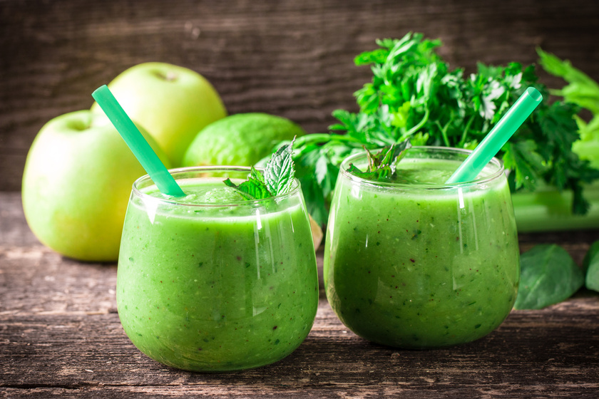 A legjobb turmix másnaposság ellen, de a fogyásban is segít: alma, banán és petrezselyem kell hozzá