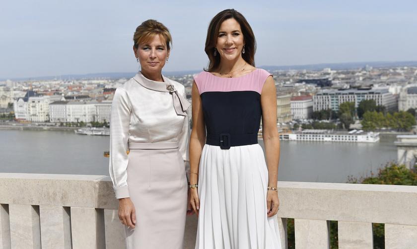 Herczegh Anita fantasztikusan nézett ki - mintha ötvözte volna Melania Trump és Letícia királyné stílusát.