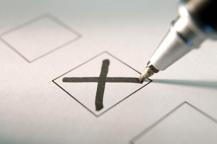 Mégsem lesz népszavazás: elutasította a Nemzeti Választási Bizottság a 4 kérdést