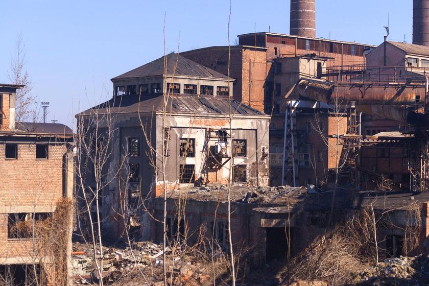 Rozsdásak, omladoznak, mégis rajonganak értük: mutatjuk a legszebb elhagyatott ipari épületeket