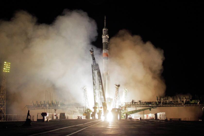 Különös látogató nézte végig az űrhajó kilövését: elbűvölő fotó készült róla