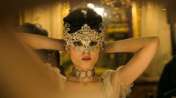 Sorra állnak el a mozik a botrányos orosz film vetítésétől